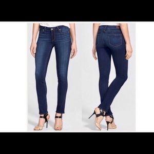 Paige Skyline Skinny Jeans Size 30